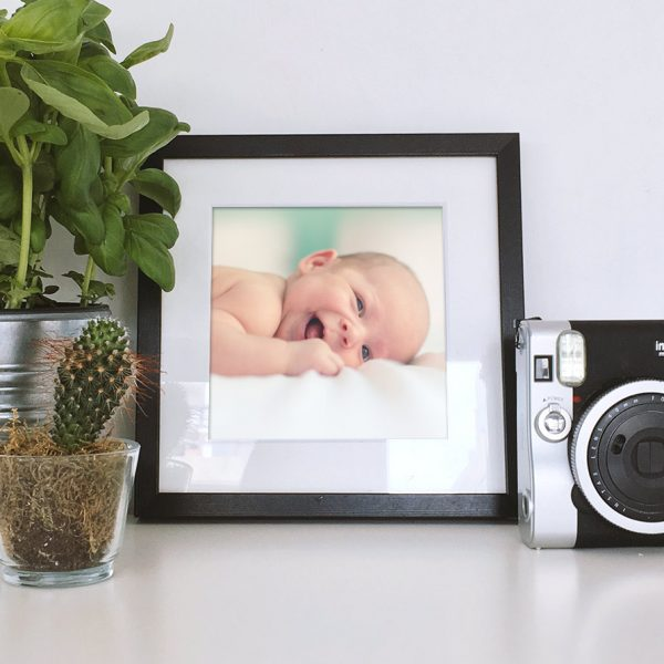 Cuadro personalizado con marco madera bebe nacimientos
